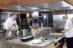 厨房清掃でご依頼の多い箇所ベスト5をご紹介!